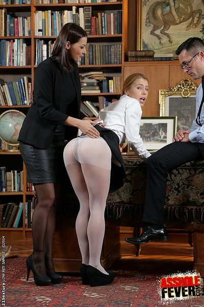 Cindy fancy leather headmistress with schoolgirl having copulation with her established teache