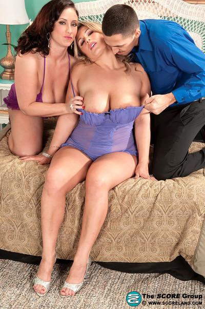 Eva and sarah share a lucky boys weenie