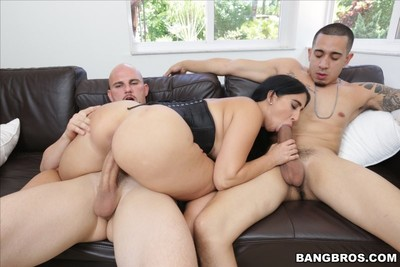 Big booty latina valerie kay purchases 2 teamed by double weighty cock