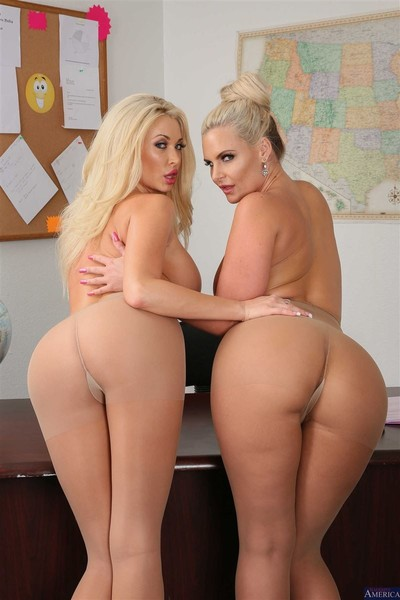 Phoenix marie and summer brielle dug at work
