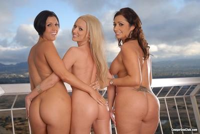 Sexy cougars posing naked