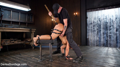 Abella is what every real sadist looks for in a submissive. she craves to be hel