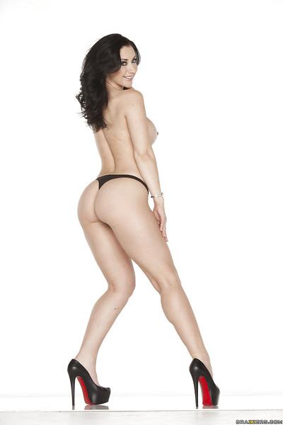 Brunette lass Jayden Jaymes is showing her feel like legs even as on her knees