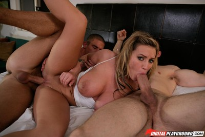 Memphis monroe in perspired MMF action