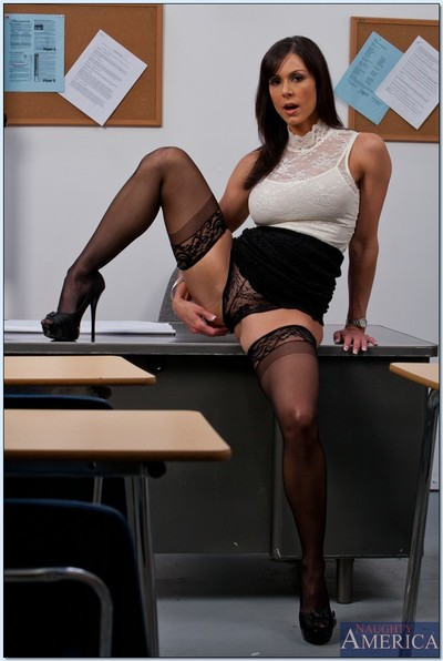 Damp educator in stockings Kendra Lust erotic dance off her dress and underclothes