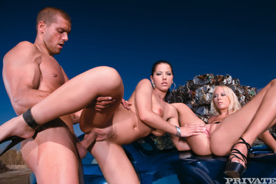 Model dark and carla cox penetrated in ass outdoors