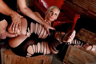 MILF queens Sadie Swede and Phoenix Marie gets bonked in all the holes
