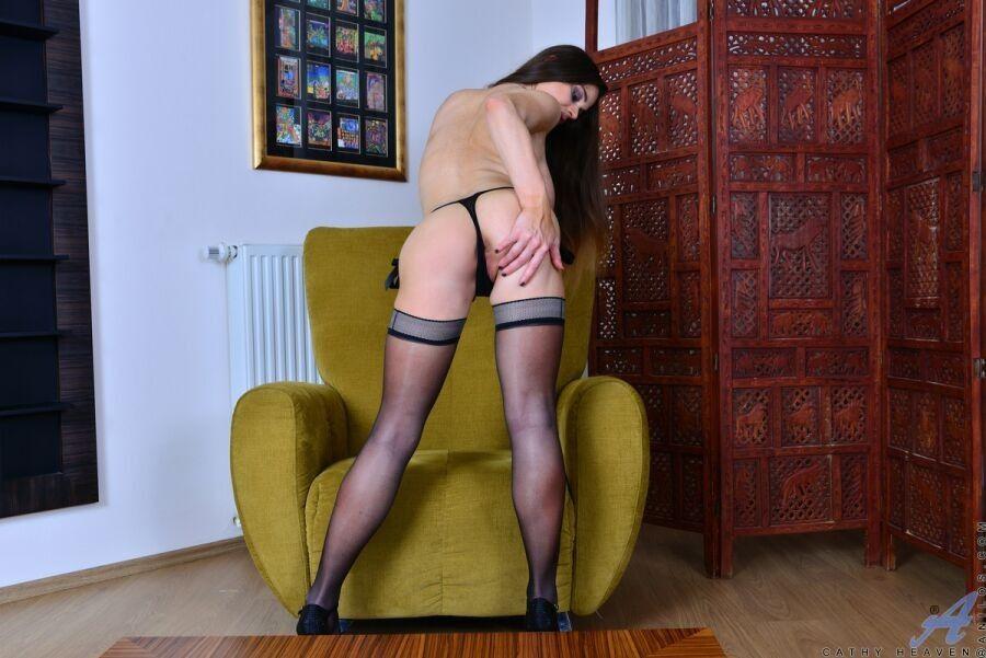 femdom high heels sky massagen