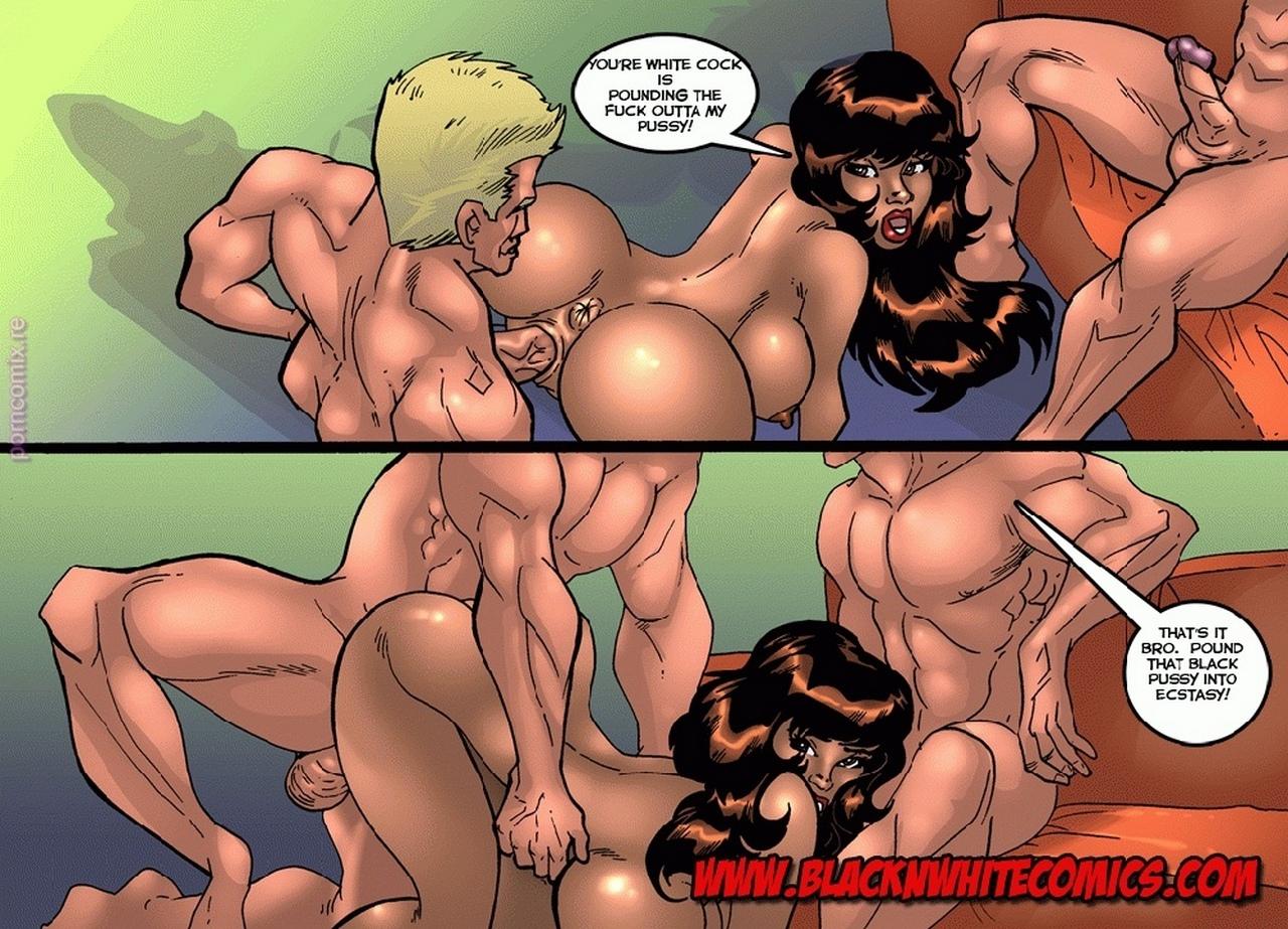 nude images of bipasha basu with big boobs