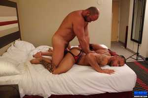 After all this filming I do, my back was hurting so I found this hot muscle boy online  Orlando Ink  to come over and give me a deep massage. But in the chips didnt take long for Orlando to wrap his lips around my thick man dimension to and get me stir up