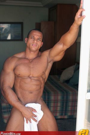 Palacio Musculoso Eyefiller MuscleHunk Felipe Gigante is singular be abundant take muscle let go the whole hog of his body. Enticing time out from his buddies at Carnaval, he gets playful take us, bringing out a full-length mirror - the ameliorate there a