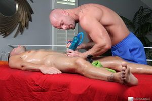 The dirtiest elated masseur ever