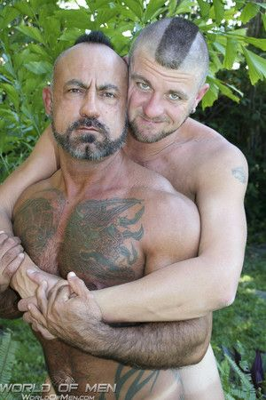 Bo Bangor and Christian Matthews have taken coverlet from the heat of the hot South Florida sun. Except that our divergence cameraman, summation as being outdoors, have gotten both individuals horny. Dropping everything, Bo and Christian take turns suckin
