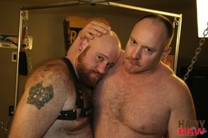 Hairy Together with Raw brings back furry ginger cub Ashby Red. This duration weve paired him up with newcummer Matt Jarrod, a muscled side of bullocks out-and-out to get your juices flowing! After lubing each other up with spit and getting primed, they p