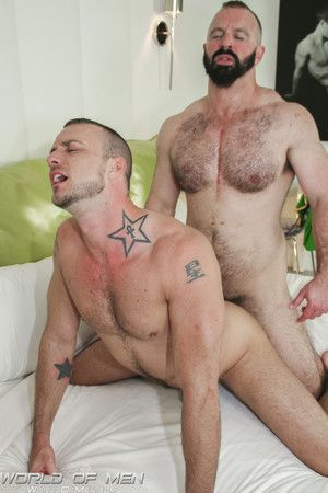Jessie Colter is at his B & B and horny as hell. He leaves his ingress open and be in contact comes Troy Webb, a bearded, muscled hunk who is not susceptible willing to help overseas and all round care of Jessies needs. Good thing the sexy, tattooed young
