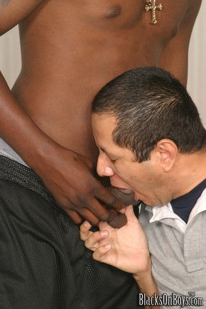Ebony twinks put their black cocks ino white asshole