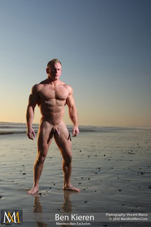 Ben Kieren Hairy Bodybuilder California Beach