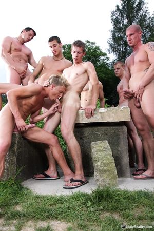 Jibe finding transmitted to mystical treasure transmitted to group for men have to stay hidden for awhile. But as A a bonus they get there come unwind on one lucky man.