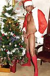 Santa Marcello performs a vulgar christmas wank to have a real pallid christmas