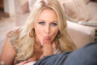 Julia ann making deepthroat placid fellatio