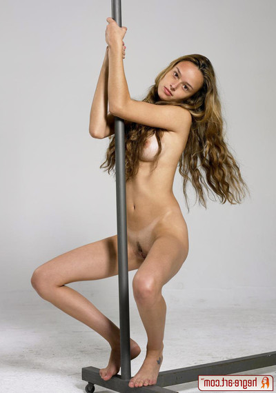 Sweet gislane fond of without clothes gymnastics