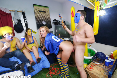 Coed and Harley Jade and girlfriend abnormal sperm on face in dorm get-together