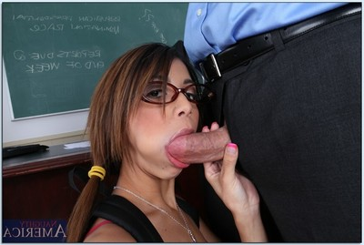 Mucky coed in glasses Veronica Rodriguez digs her teacher