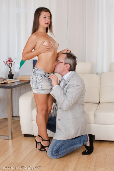 Maia exceptionally attracted to her advisor and would have owned him no matter what. Luckily this girl obtains a passing grade and this girl obtains to smack his immense knob inward her drenched pussy.