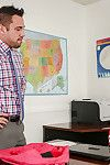 Coed R/L cutie from office Alexia Gold dose an fantabulous fellatio