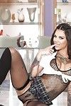 Nasty pornstar Bonnie Rotten struts around and flaunts her sweaty body
