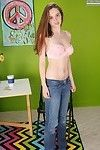 Adolescent useful Elektra Rose location her Fresh year old body in the unclothed