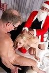 Christmas is all about dear deeds and helping poor fresh chicks like our blonde. Mr Nobel, Santas little helper, brings this skillful gal for an Oldje charity.But Santa knows huger that she hasnt been an obedient, marvelous gal and th