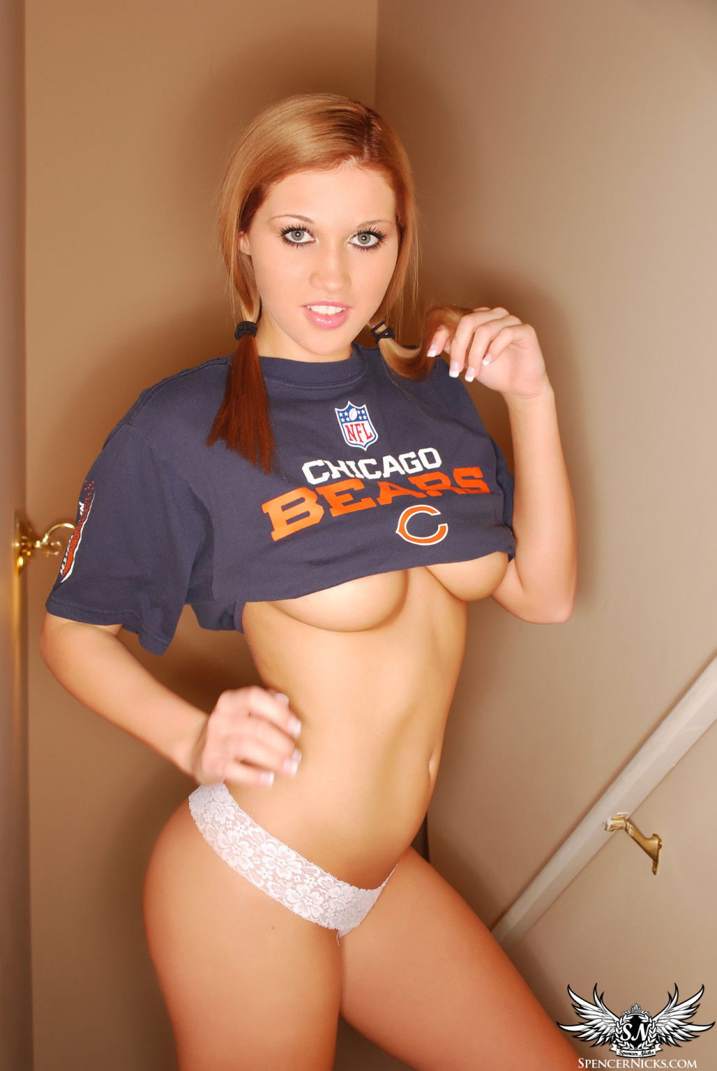 Spencer nicks hottest chicago bears adorer