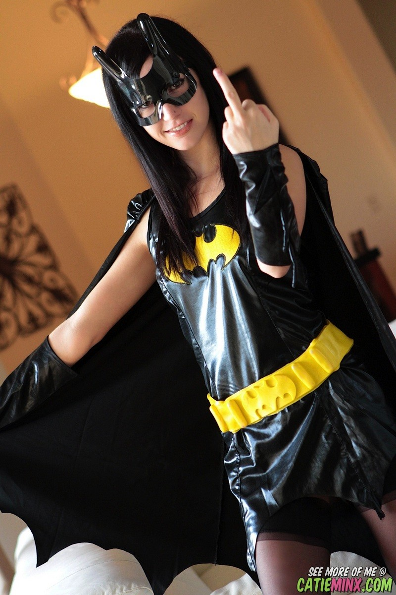 Batgirl cosplay catie minx flips the finger and flashes wet crack