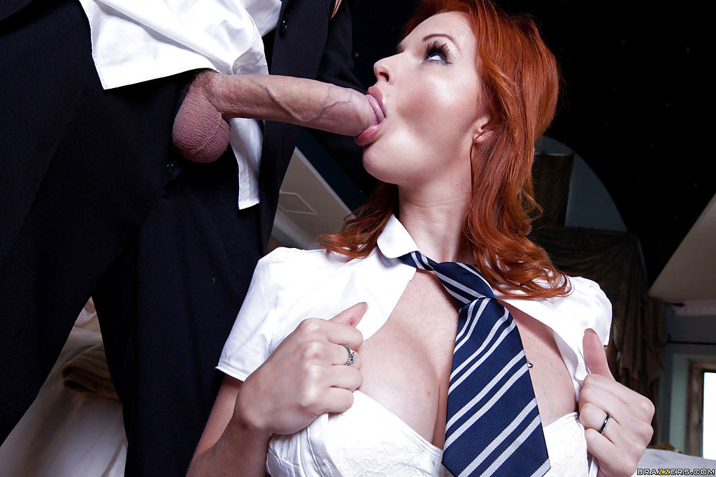 Tarra White blows a largest pecker and gains her passionate holes fucked hardcore