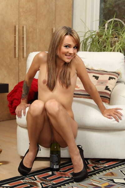 Miniscule brown hair youthful Laney Rose astonishingly her cage of love with weighty toys in solo doing