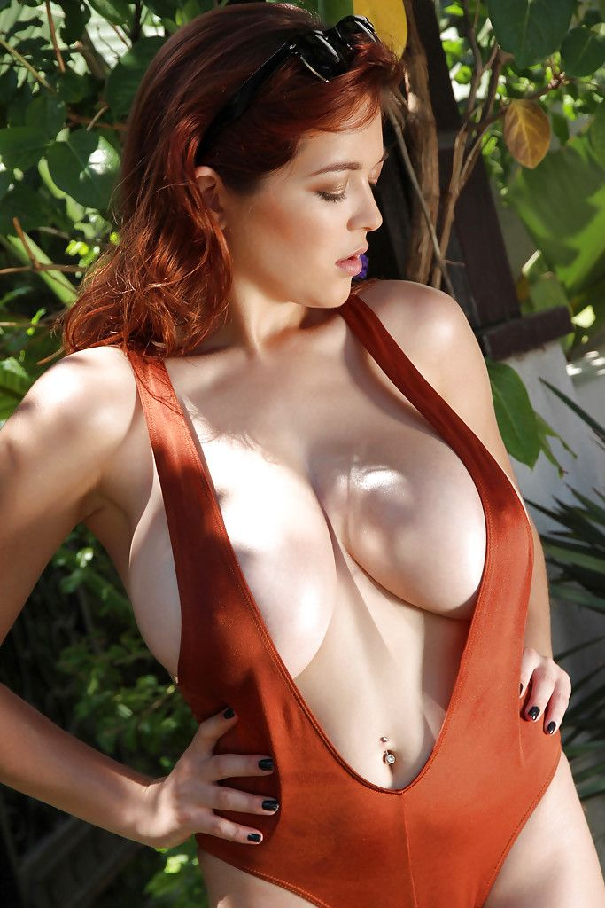 Where can Nice big tits redhead God!