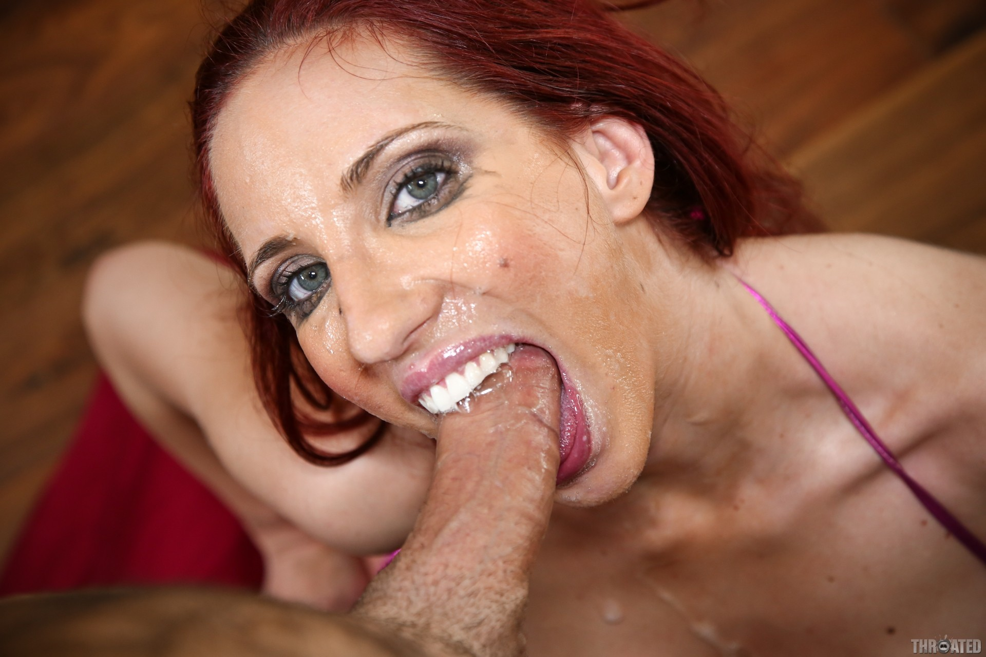 Kelly Divine Cum Swallow