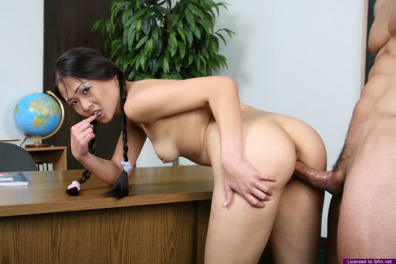 Hot girls buttstock nude