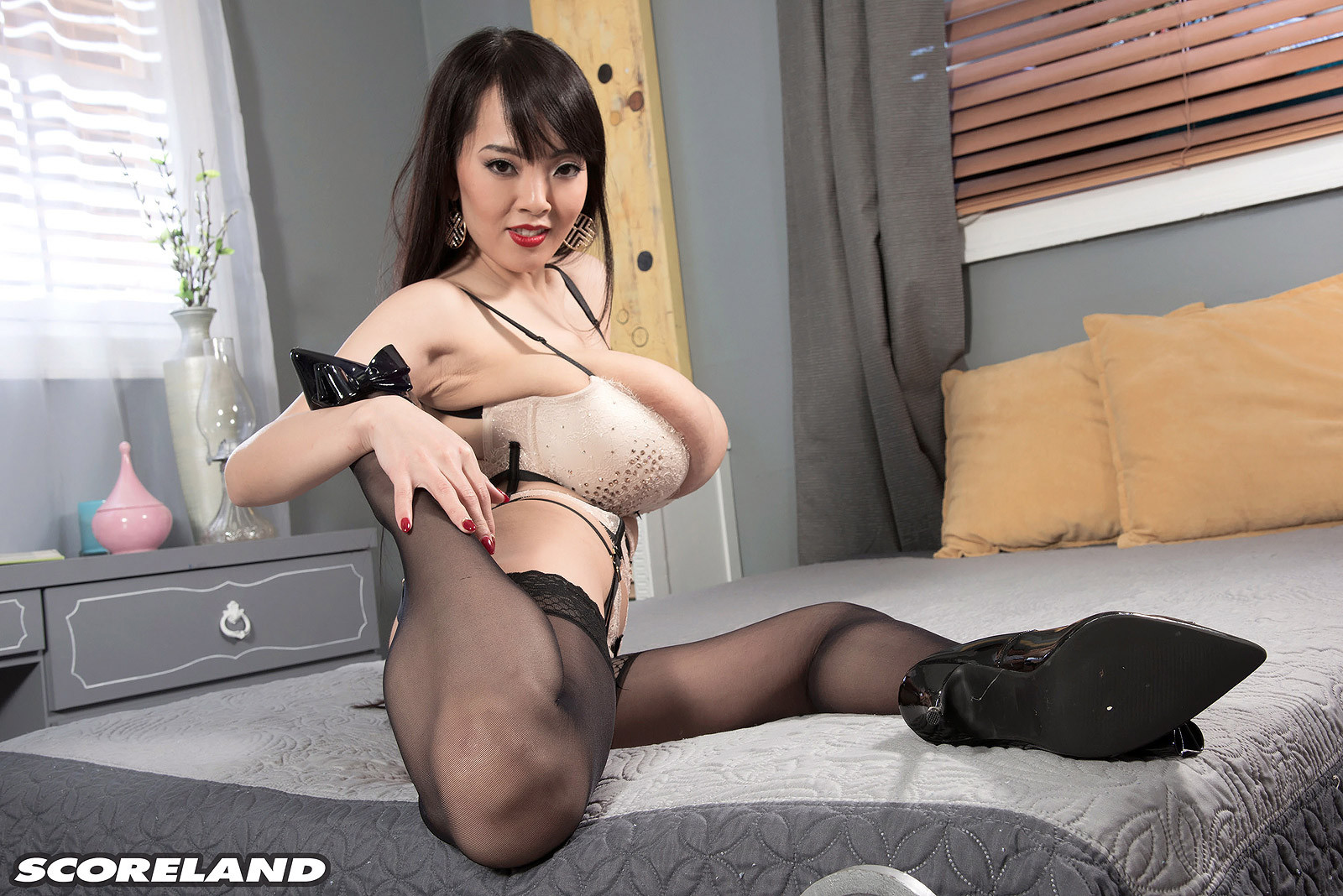 All became Busty japanese pornstar hitomi tanaka that