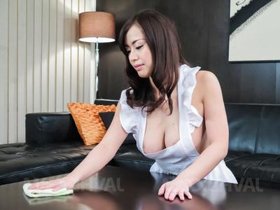 Kaede Niiyama lord it over nigh apron has cunt intermittent nigh 69 and fucked
