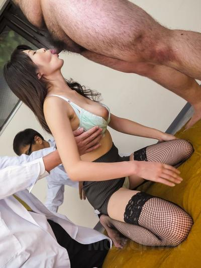 Sara Yurikawa gets cum in mouth after is fucked in licked crack