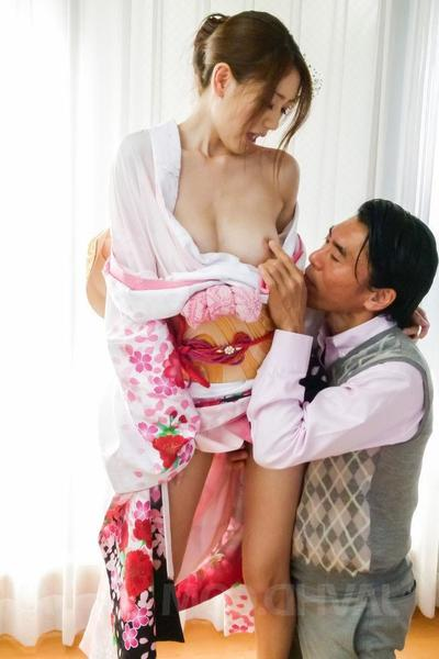 Kaori Maeda Asian undressed be expeditious for kimono is screwed in fish taco