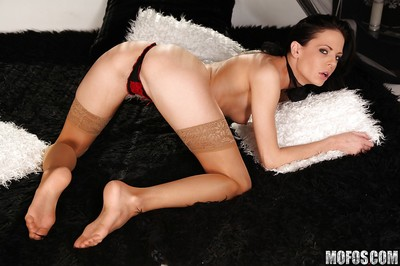 Slender princess in nylons toying and fist-fucking her skinhead cage of love in close up
