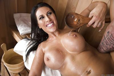 Glamorous dark brown girlfriend Makayla Cox jacking dong in sauna