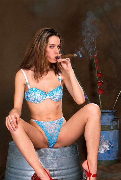 Seductive bare princess fucking a major cigar and widening her snatch