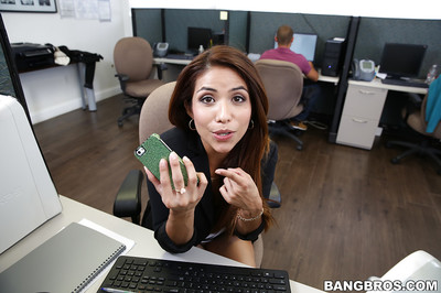 Lalin girl doll Isabella Taylor shows off her juvenile gentile in the office