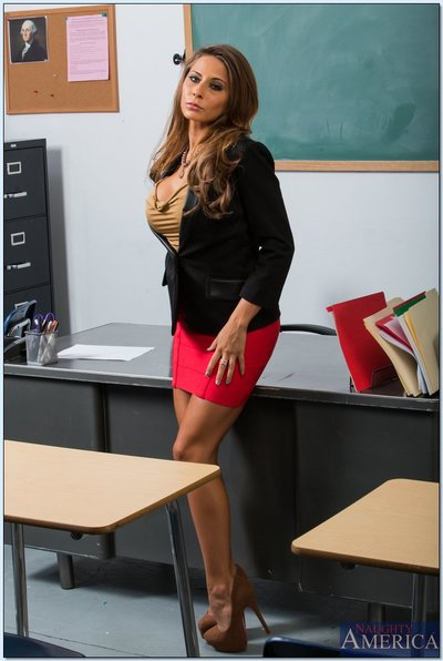 Seductive mentor with largest jugs Madison Ivy erotic dancing in the classroom
