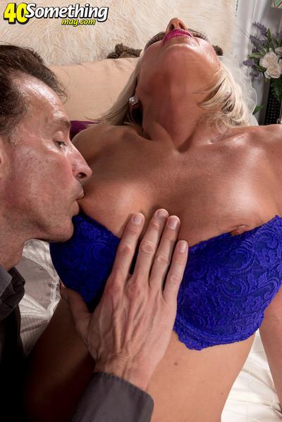 Lustful housewife brandi jaimes sucks and drills