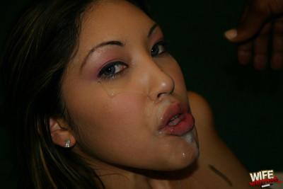Elegant eastern senorita wife takes a brown equipment in the throat